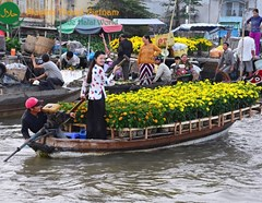 Caibe Floating Market - Vinh Long Muslim Tour 1 Day